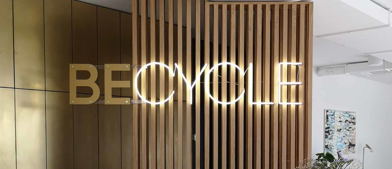 Becycle Berlin logo made of 2D and neon light