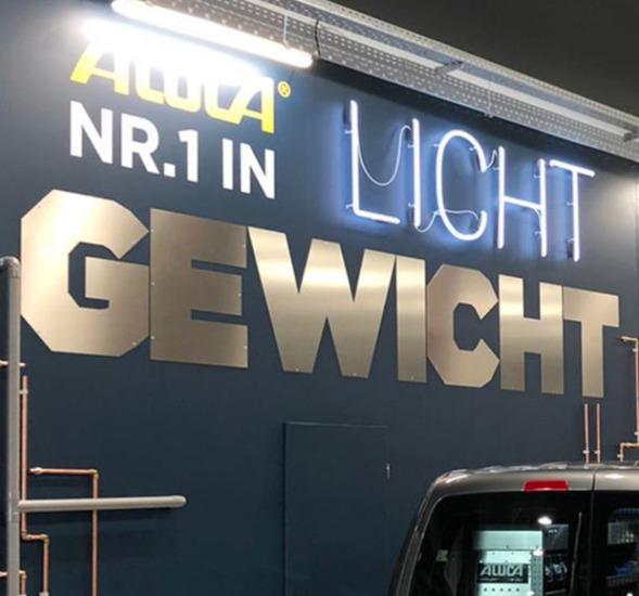 """""""Licht Gewicht"""" 2D Letters sign"""