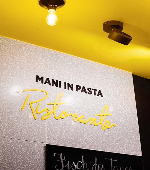Mani in Pasta Ristorante custom 3D Letters